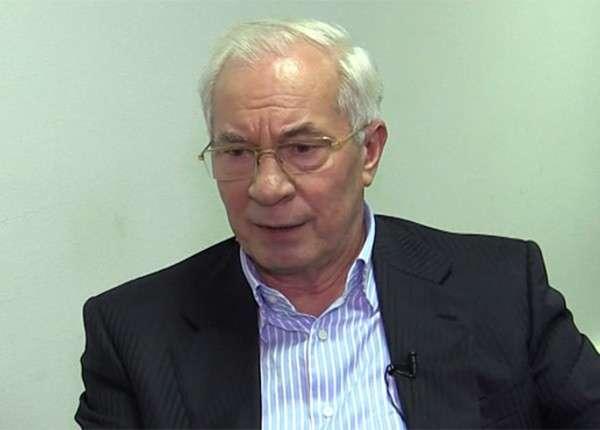 Николай Азаров заявил, что провокация у Верховной рады выгодна только самозванцу Порошенко