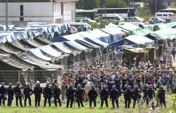 Проблемы в Европе с беженцами нарастают. ЕС снова обсуждает квоты на их приём