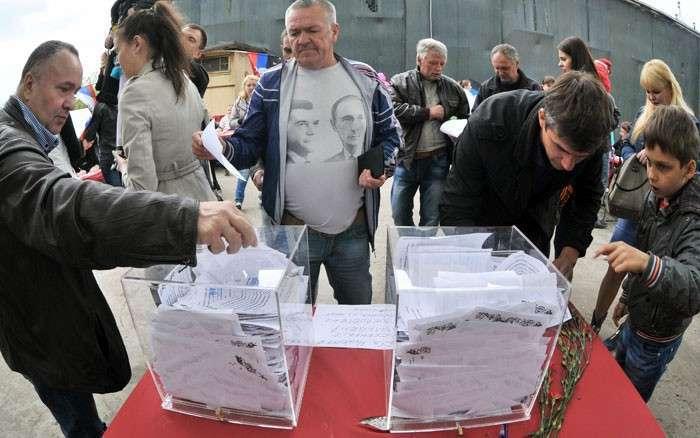 Референдум  сказал  «да»!. Жители Луганской и Донецкой областей  определились, следующее слово за Россией