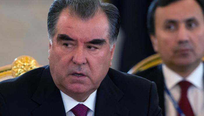 Президент Таджикистана заявил, что на милиционеров напали люди с нечистой совестью