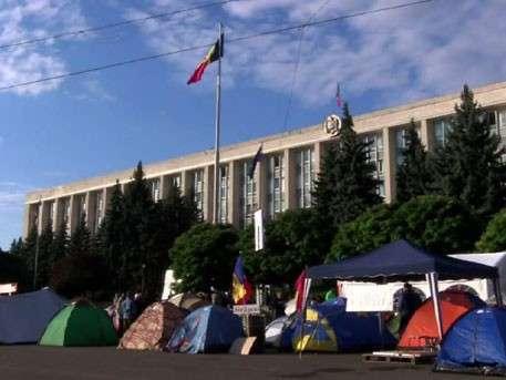 Молдавский Майдан увеличился вдвое