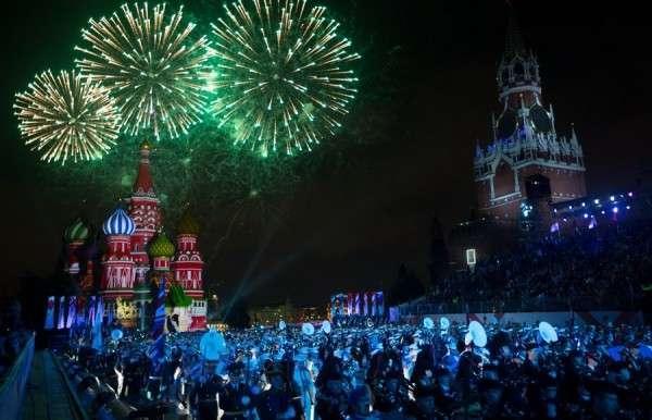 Десятки военных оркестров мира собрал уникальный фестиваль «Спасская башня-2015»