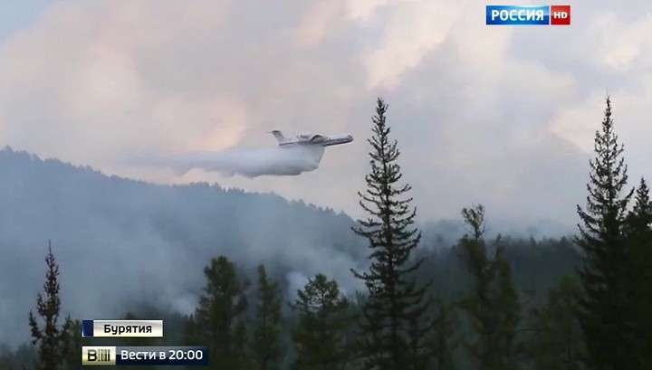 В Оренбургской области жители пытались отстоять у огня свои дома
