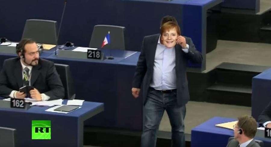 Решение Еврокомиссии распределить беженцев по всей Европе вызвало разногласия в ЕС