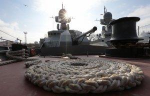40 кораблей и судов Каспийской флотилии вышли в море в рамках внезапной проверки