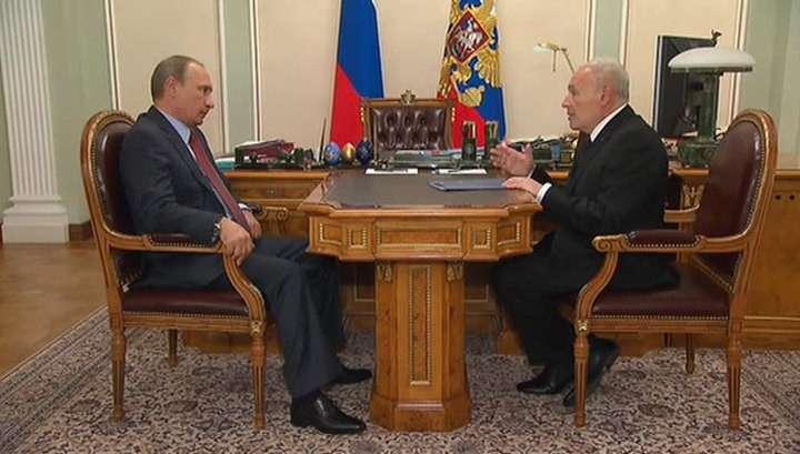 Владимир Путин приказал разобраться с нехваткой скорых