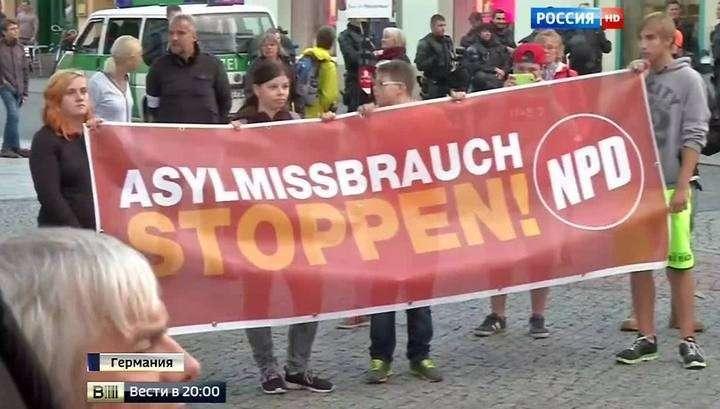 Шоу мигрантов в Европе: Венгрия выводит армию, Австрия блокирует железные дороги