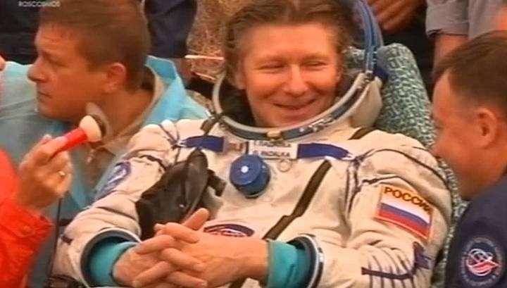 «Союз» вернул на Землю мирового рекордсмена по пребыванию в космосе