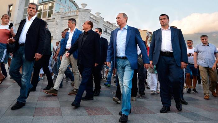 Владимир Путин о судьбе Донбасса: такие вопросы на улице не решаются