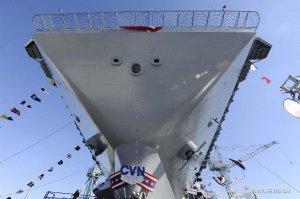 Король американских ВМС оказался голым