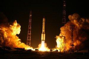 С Байконура успешно запущена ракета-носитель «Протон» с российским спутником связи