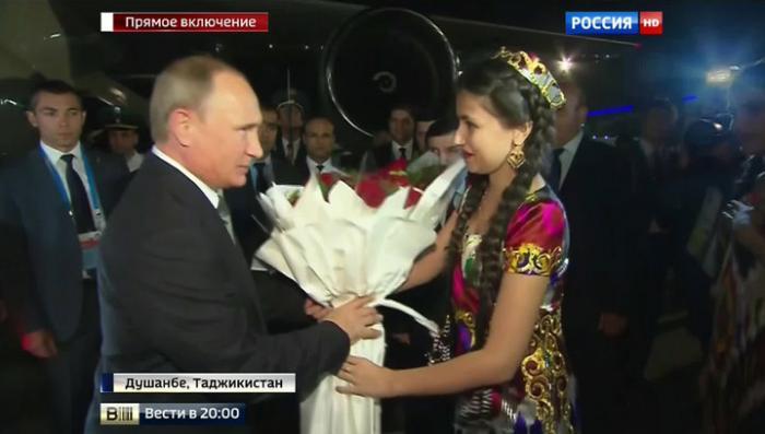 Владимир Путин прибыл на саммит ОДКБ в Душанбе