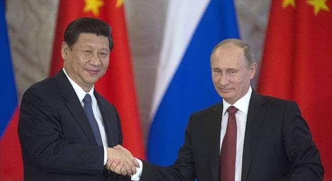 Запад настойчиво ищет предлог для нападения на Россию