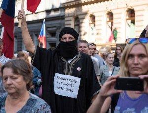 Европейцы пытаются остановить колонизацию Евросоюза