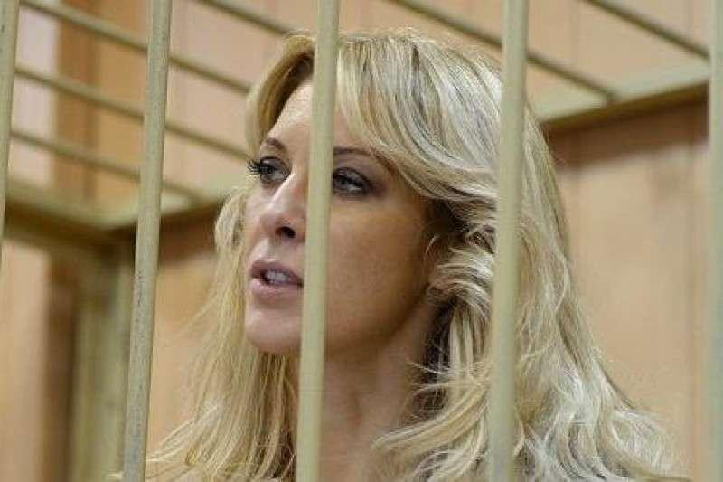 Елена Тищенко - искательница сокровищ Януковича - оказалась мошенницей