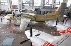 Николай Азаров критикует разрушителей украинского авиапрома