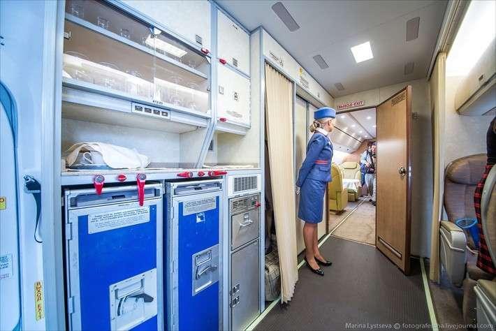 ОАК продемонстрировала Ту-204-300 СЛО «Россия» на JetExpo 2015
