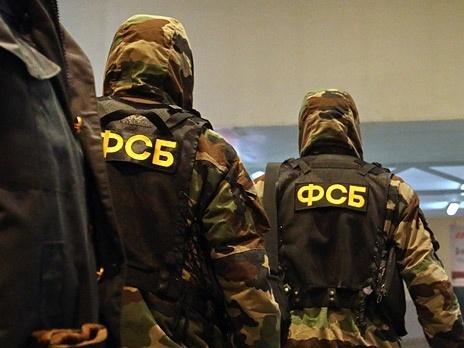 ФСБ проводит обыски в МУРе после задержания трех оперативников