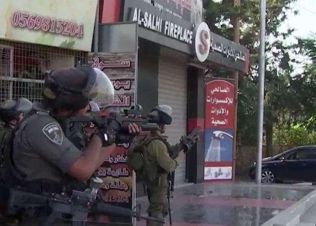 Израиль разрешил себе использовать боевое оружие против палестинцев