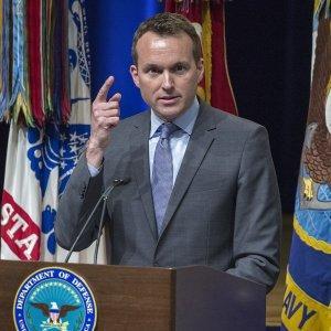Открытый педераст впервые может стать министром по делам армии США