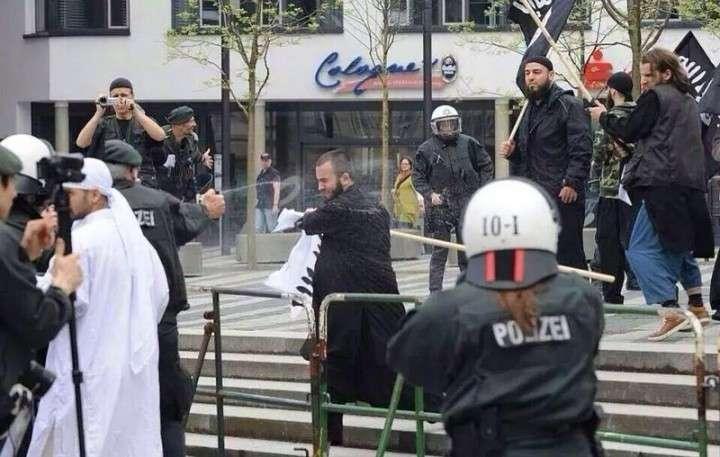 Демонстрация ИГИЛ в Германии