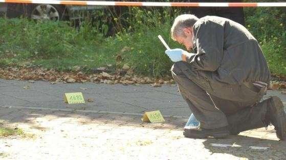 Началось: Полиция Берлина застрелила радикального исламиста после того, как он ударил ножом офицера