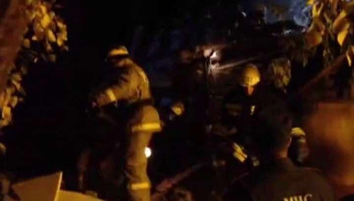 В Омске из-под завалов дома спасли живую женщину