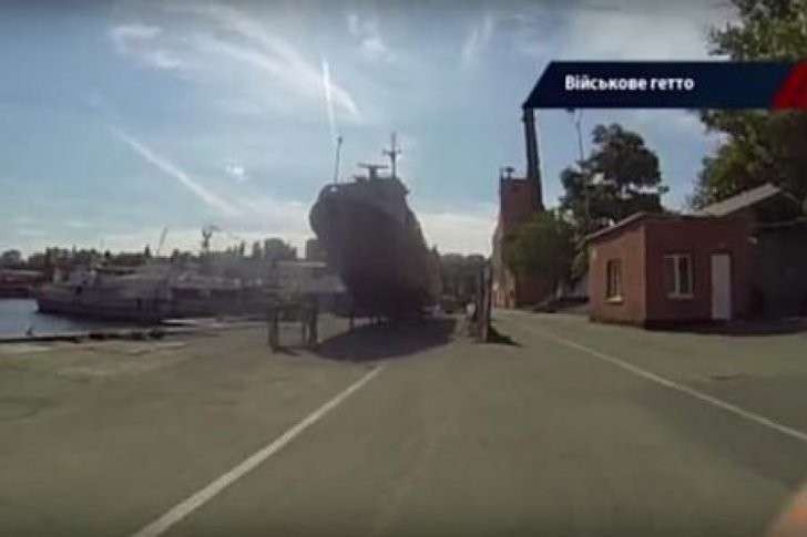 Киевская Хунта отблагодарила поверивших ей крымских военных, сделав их бомжами