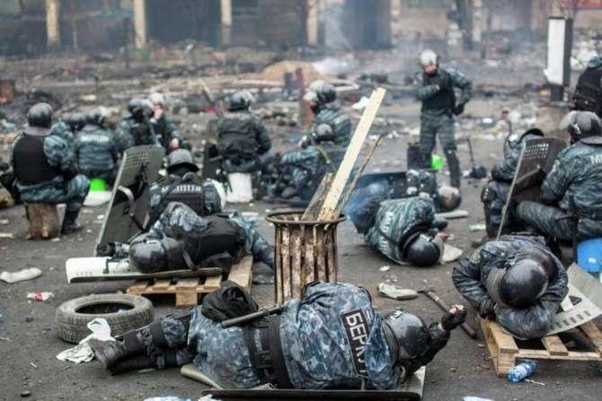 Киев скрыл факт о тысячах погибших