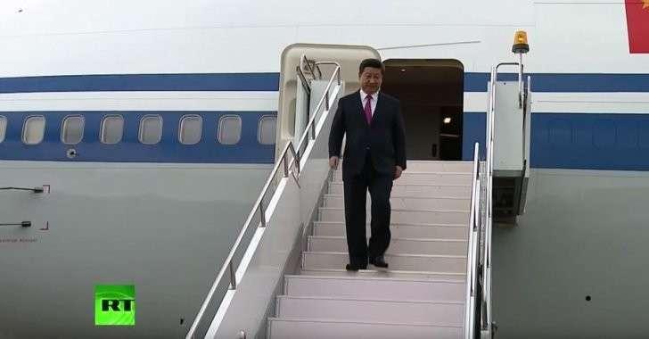 Лидер Китая Си Цзиньпин прибыл в Вашингтон на встречу с Обамой