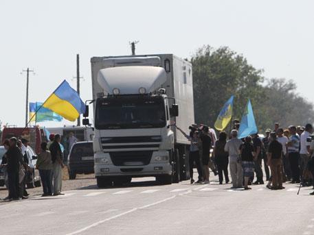 Татарские провокаторы заявили о бессрочной блокаде Крыма