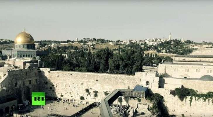 На Храмовой горе возобновились столкновения между палестинцами и израильтянами
