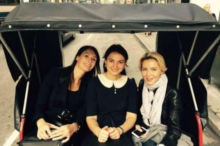 Украинские девки рады, что их выгнали из ООН