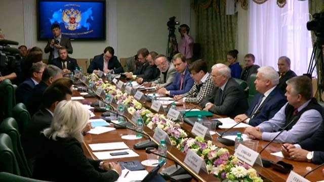 Николай Азаров напоминает, что Украину от коллапса спасает только Россия