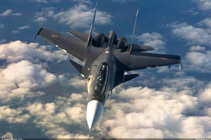 В небе Сирии Су-30 перехватили израильские F-15