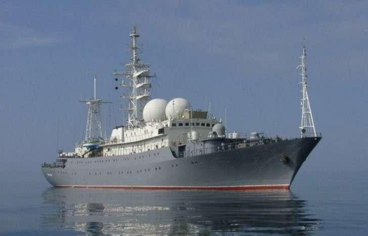 «Василий Татищев» движется к берегам Сирии