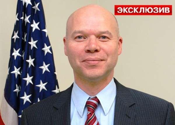 Американский дипломат Маркус Микели разболтал секреты Белого дома неизвестному шутнику