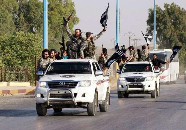 Поставщиками джипов Toyota в Сирию оказались США и Британия