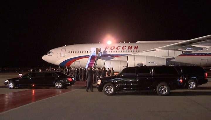 Владимир Путин прибыл с визитом в Казахстан
