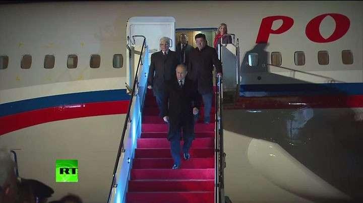 Путин прибыл в Казахстан