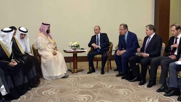Встреча президента РФ Владимира Путина с заместителем наследного принца Саудовской Аравии Мухаммадом ибн Салманом Аль Саудом в Сочи. Архивное фото