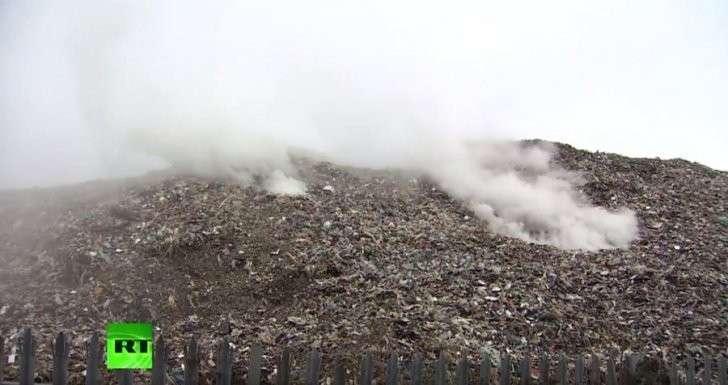В деревне в Северном Йоркшире скопилось 15 тыс. тонн мусора