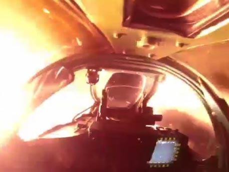 Ночной пуск боевых ракет: кадры из кабины МиГ-31