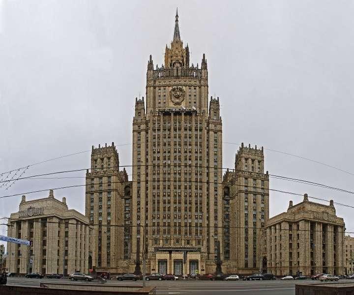 В МИД РФ прокомментировали опасения помощника Обамы о вводе российских войск на Украину