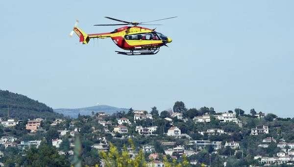 Вертолет со спасателями во Франции. Архивное фото