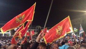 Премьер Черногории считает Россию причастной к выступлениям оппозиции