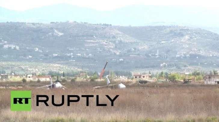 Самолёты ВКС РФ в Сирии отправляются на боевые вылеты — прямая трансляция