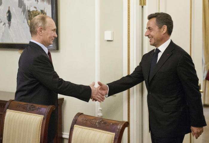 Встреча Владимира Путина и Николя Саркози заставит Запад скрежетать зубами