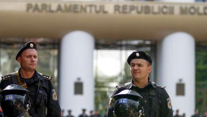 Правительство Молдавии отправлено в отставку