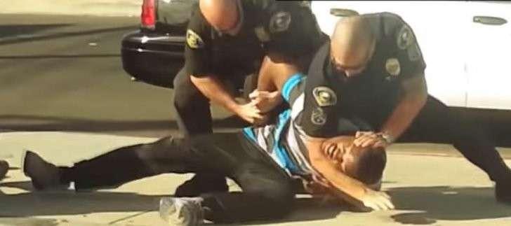 В США бушует настоящая эпидемия полицейской жестокости